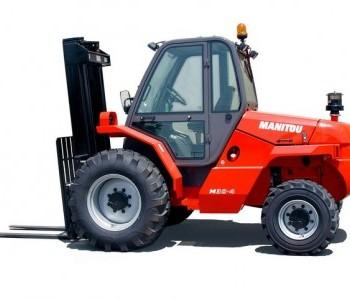 Chariot industriel tout terrain diesel 4 roues motrices 3T